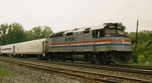 An Amtrak EMD F40PH is one of many Cowl units